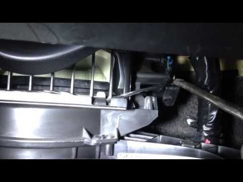 CHEVY IMPALA 06-13 CLICKING NOISE IN DASH FIX