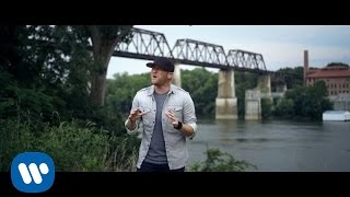 Cole Swindell Middle Of A Memory Official Music Audio