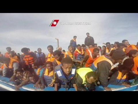 خفر السواحل الايطالي ينقذ المزيد من المهاجرين غير الشرعيين القادمين من السواحل الليبية  3-5-2015