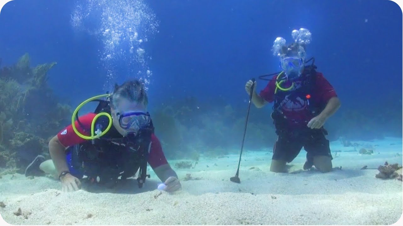Underwater Scuba Golf