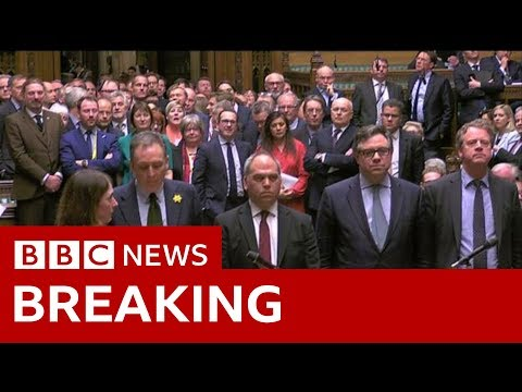 UK MPs reject a no-deal Brexit - BBC News