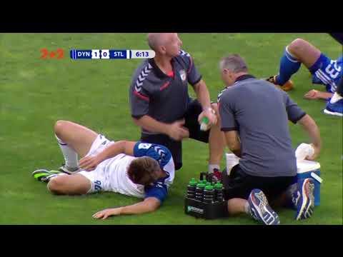 Новичок Динамо ценой травмы помешал игроку Стали нанести удар по воротам