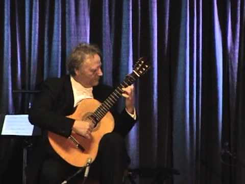Fantasia by Alonso Mudarra perfromed by guitarist Lee Zimmer