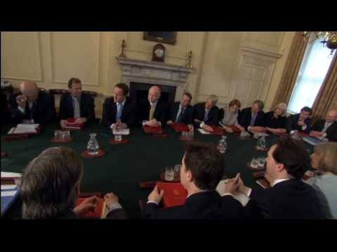 Cameron holds first coalition Cabinet meeting