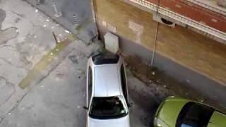 [Video Divertenti] Tentativo Di Parcheggio Attenzione Donne Al Volante