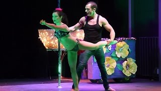 Holly & Johnny - Cirque du Mardi Gras - Burlesque