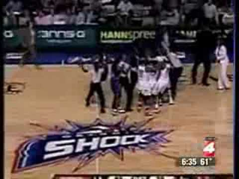 Detroit: WNBA chimpout Detroit Shock Goes Ape. Video