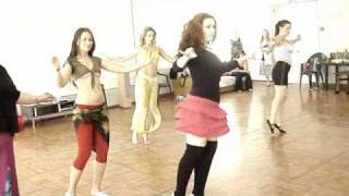 Mona Amar, bellydance classes