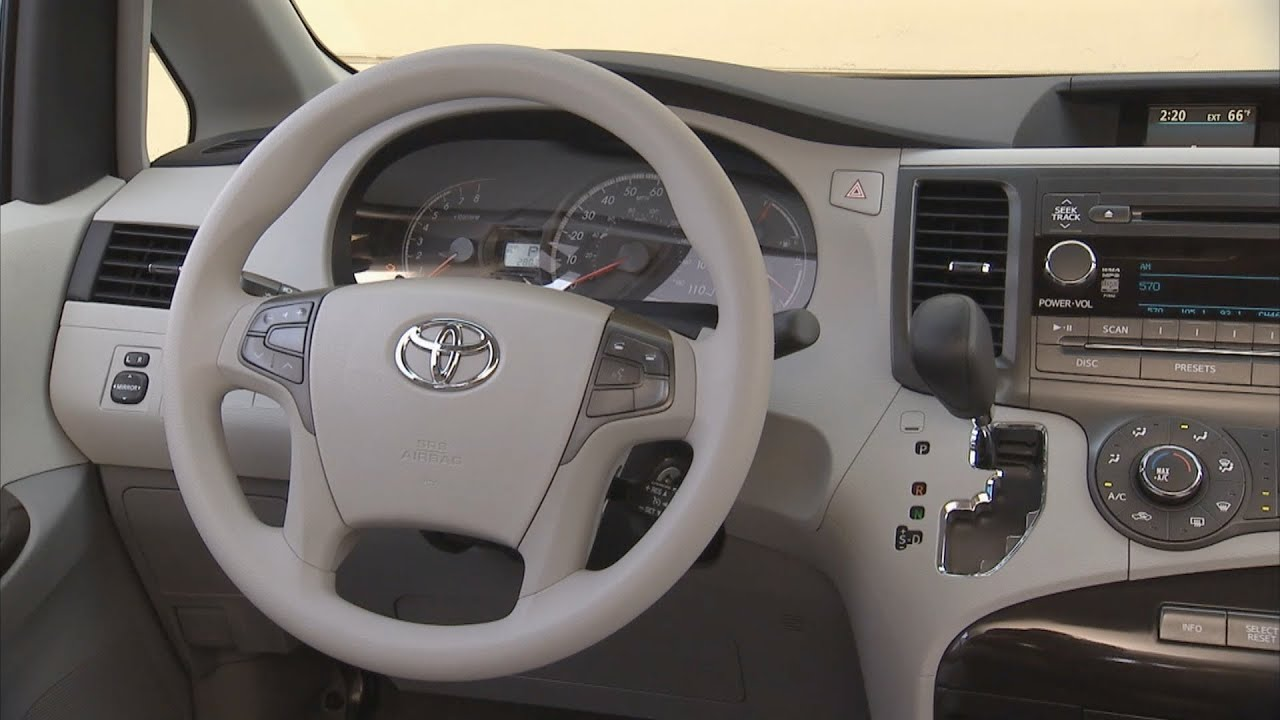 2013 Toyota Sienna Le Interior Youtube