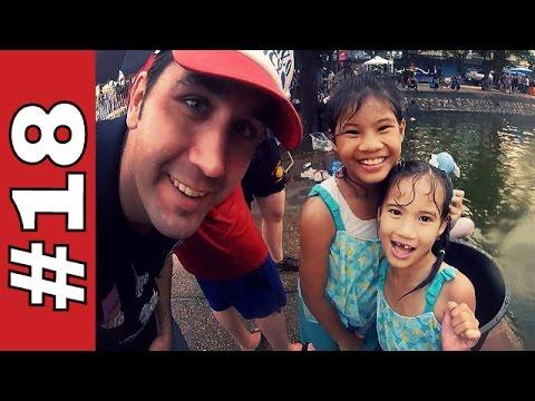 SONGKRAN FESTIVAL 2016 IN CHIANG MAI, THAILAND! - LIVING IN THAILAND - VLOG #18