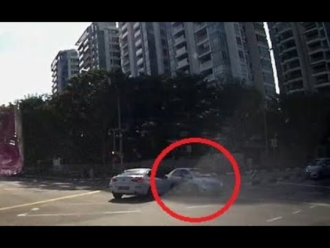 Mysterious moment car appears from nowhere to cause crash
