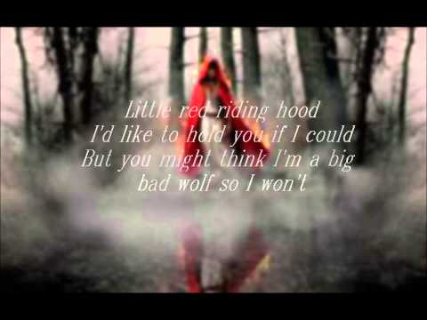 Amanda Seyfried- Little Red Riding Hood (lyrics on the screen)