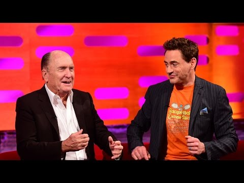 Robert Duvall talks about mooning with Marlon Brando – The Graham Norton Show: Series 16 – BBC