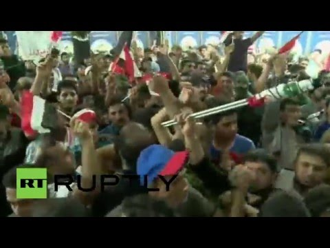 Iraq: Protesters storm and occupy Iraqi Parliament building in Baghdad