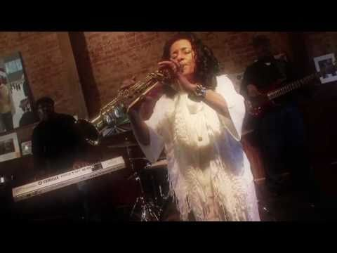 Music Video by Joyce Spencer ~ &quot;Sweet Dreams&quot; (C) HIM Records/Independent Label - http://www.JoyceSpencerMusic.com http://himrp.com/Joyce.aspx.