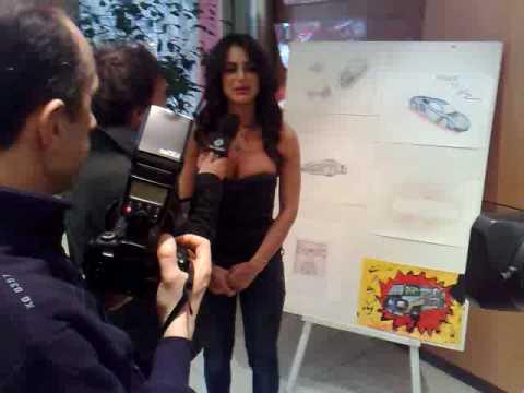 Motor Show 2009: spunta Cristina Del Basso del Grande Fratello
