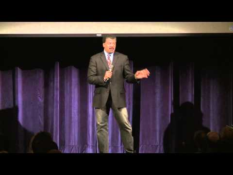 Neil deGrasse Tyson talks Pluto / Why He Became an Astrophysicist - Kent State University