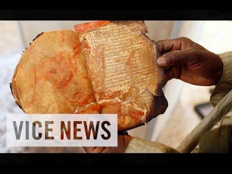 Saving Timbuktu's Crumbling Culture: VICE News Capsule, January 29