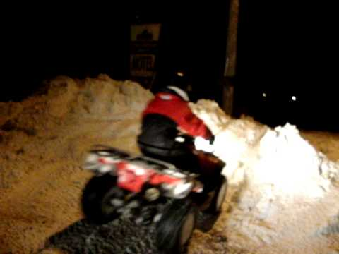 Snow Drift: 300 Honda VS 700 Arctic Cat Video