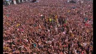 """Avenged Sevenfold - """"Circle Pit Contest"""" Rock Am Ring 2011 (with Riff from Crossroads)"""