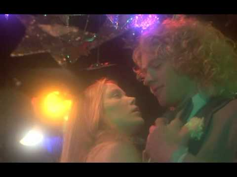 Carrie & Tommy - Dance scene, extrait de Carrie au bal du diable (1976)