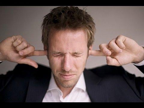 Почему шумит в ушах и болит голова
