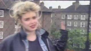 Watch Kim Wilde Schoolgirl video