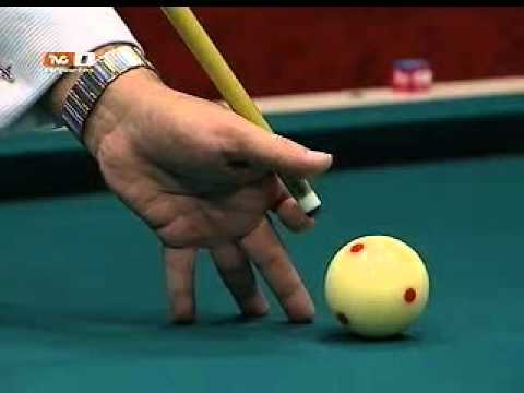 Billar Total - ¿Cómo poner la mano al golpear la bola de billar?