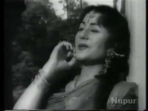 Watch Mere Sapno Mein Aana Re - Pradeep Kumar - Madhubala - Rajhat - Bollywood Songs - Lata Mangeshkar