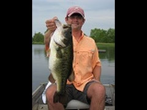 10 pound largemouth bass, Bass fishing in Alabama
