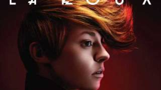 Watch La Roux Cover My Eyes video