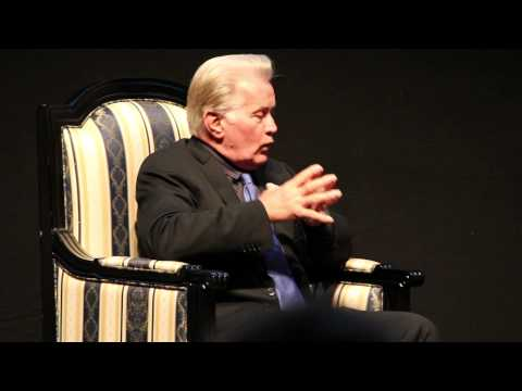 Interview with Martin Sheen - on the West Wing