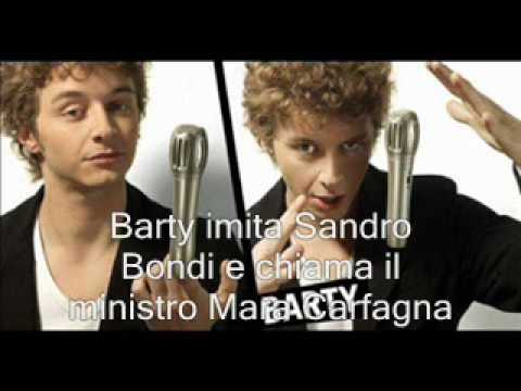 Sandro Bondi chiama Mara Carfagna.wmv