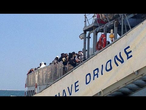 Italy: 18 found dead on crowded migrant boat