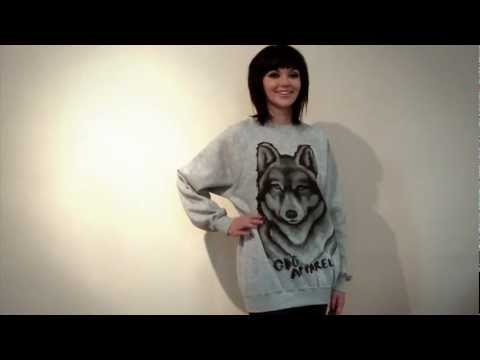 Mellisa Clarke Photoshoot & Wolf Sweater Prize Draw video