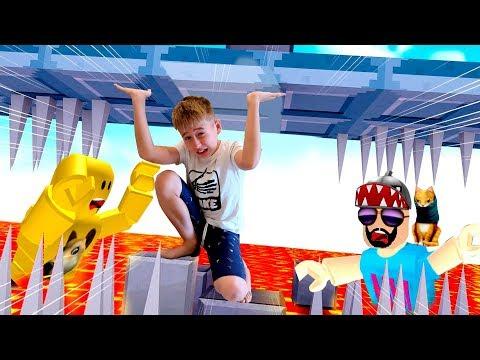 Куда БЕЖАТЬ? Приключения ROBLOX Crasher Challenge // Мы играем