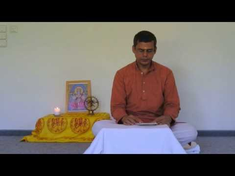 Harilalji Chants Chapter 1 Of The Bhagavad Gita video