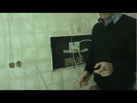 Een TV inbouwen in de badkamer doe je zo - YouTube