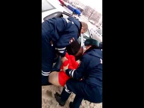 Беспредел Новгородских полицейских! ДПС и инвалид 1 группы!