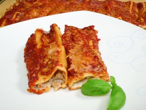 Cannelloni mit Hackfleischfüllung & Tomatensauce
