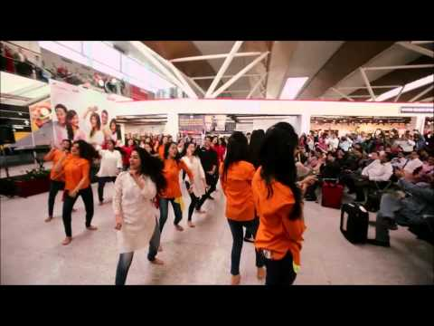 SpiceJet Holi Flashmob 2015 at Delhi Airport