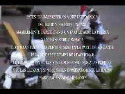 LADRONES FLETEADORES FRENTE AL EXITO SAN FERNANDO CALI !!