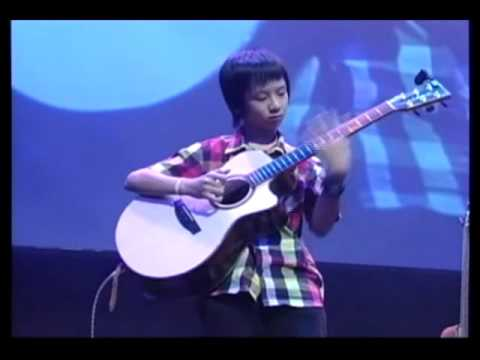 Bangkok Acoustic Guitar Celebration 2009 - Sungha Jung - Waterfall