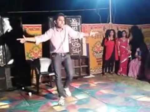 Dance on ek 1 garam chai ki pyali and desi boys