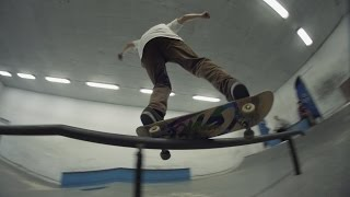 Winter skateboarding in Moscow skateparks