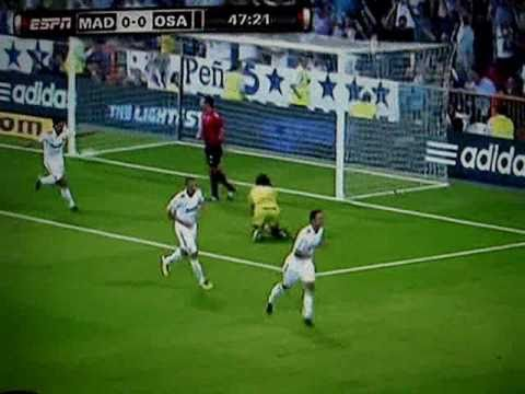 11/09/10 Real Madrid 1 : 0 Osasuna La Liga Resumen/Highlights