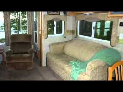 2004 SunnyBrook Titan 31BWFS 5th Wheel in Charter Township of Clinton, MI