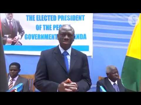Besigye 'sworn in' as Uganda President day before Museveni's ceremony