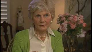 "Barbara Billingsley on ""Leave it to Beaver"" wholesome stories - EMMYTVLEGENDS.ORG"