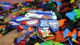 Đồ Chơi Bắn Súng NERF Cuộc Chiến Xe Điều Khiển Box of Toys Johnny Johny Reime - Johnny Johny Rimas